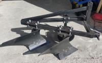 Плуг двух корпусный для минитрактора CATMANN
