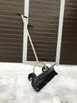 Лопата на колесах для снега RS 027