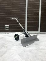 Лопата на колесах для снега RS 017A